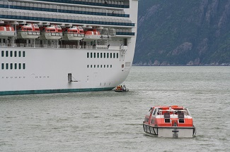 Cruise ship discharge sampling by small EPA vessel