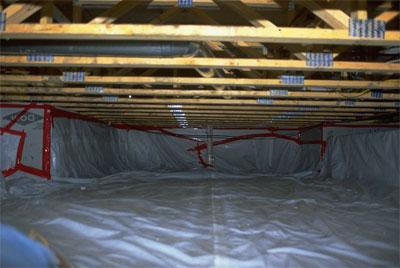 Example of a crawlspace without mold or water problems.