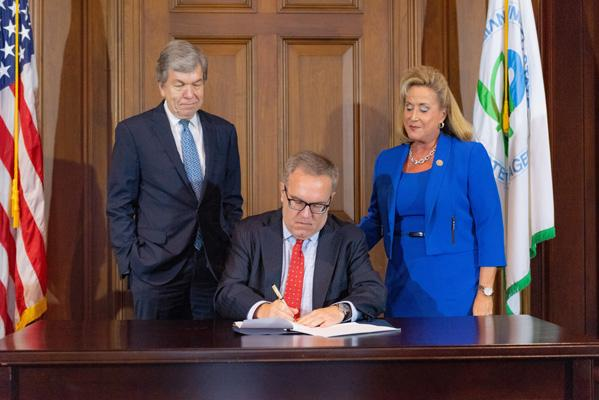 Acting Administrator Wheeler signs the Record of Decision Amendment for the West Lake Landfill Superfund site