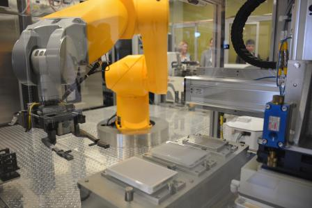 The tox 21 robot arm tests chemicals